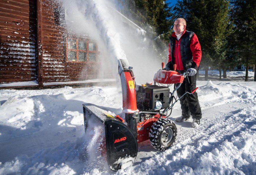 обслуживание снегоуборщика