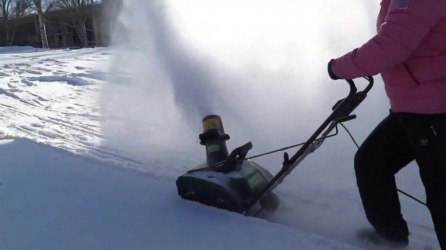 Управление снегоуборщиком